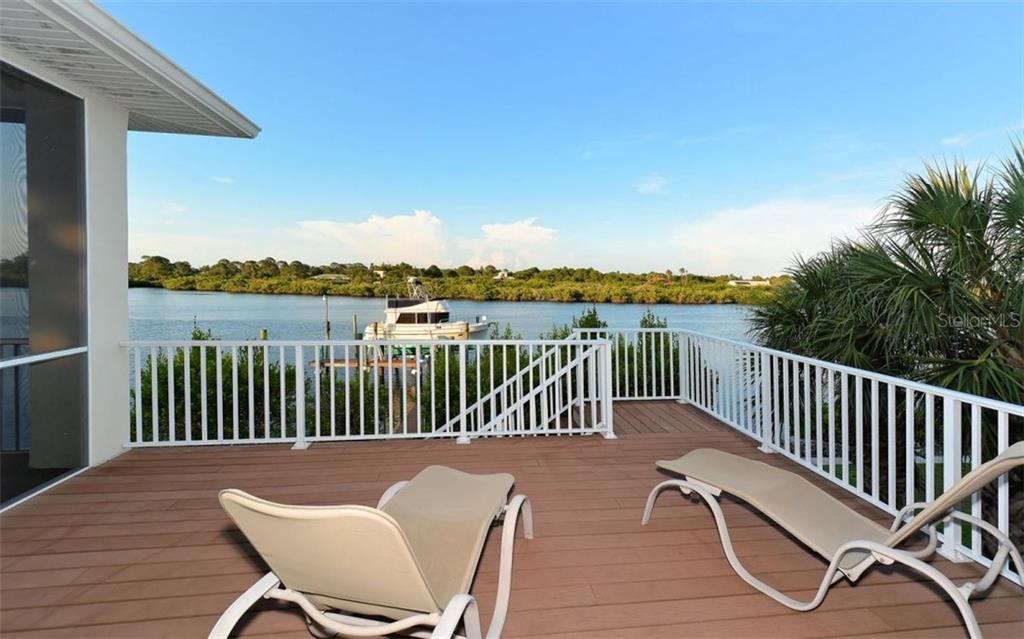 Guest house - Single Family Home for sale at 730 N Manasota Key Rd, Englewood, FL 34223 - MLS Number is D5912725