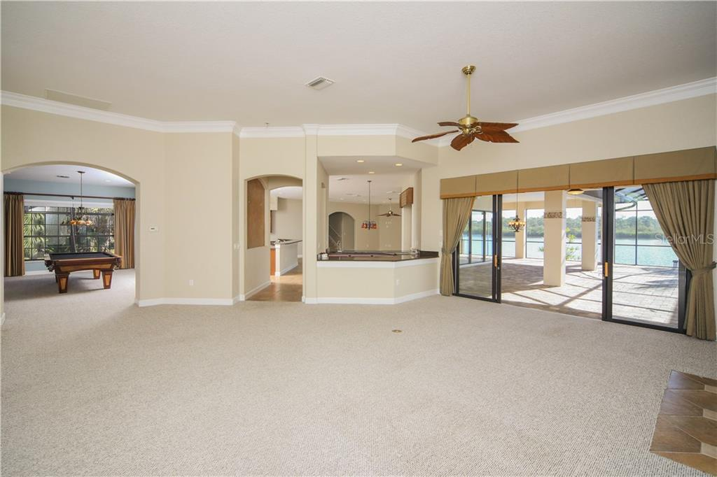 Wet Bar between Great Room & Dinette area - Single Family Home for sale at 550 Coral Creek Dr, Placida, FL 33946 - MLS Number is D5917129