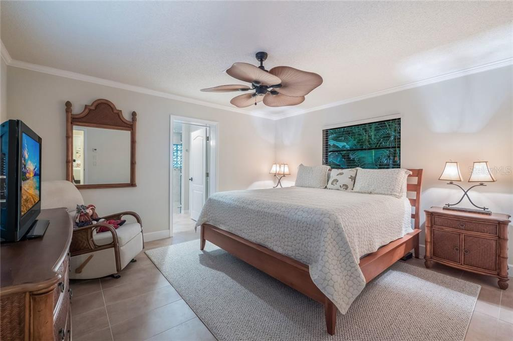 Guest bedroom 2 - Single Family Home for sale at 260 Capstan Dr, Cape Haze, FL 33946 - MLS Number is D5919159