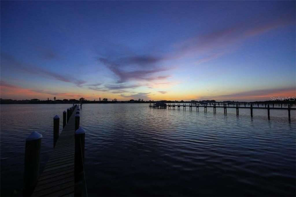 Sunset on Lemon Bay - Single Family Home for sale at 1850 Bayshore Dr, Englewood, FL 34223 - MLS Number is D5919513