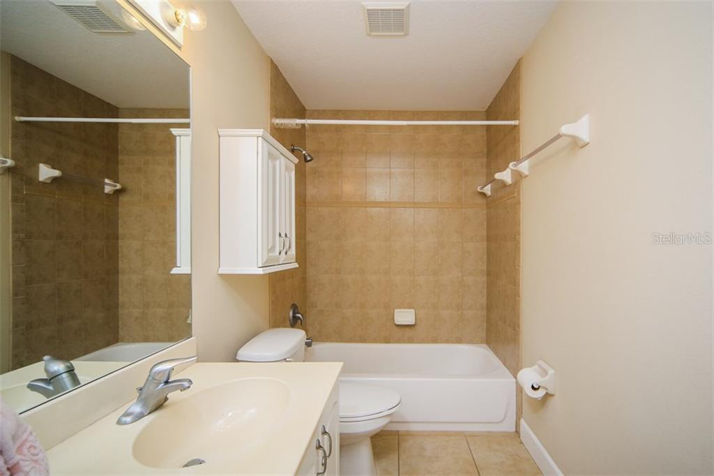 2nd bathroom - Single Family Home for sale at 414 Tomoka Dr, Englewood, FL 34223 - MLS Number is D5919831