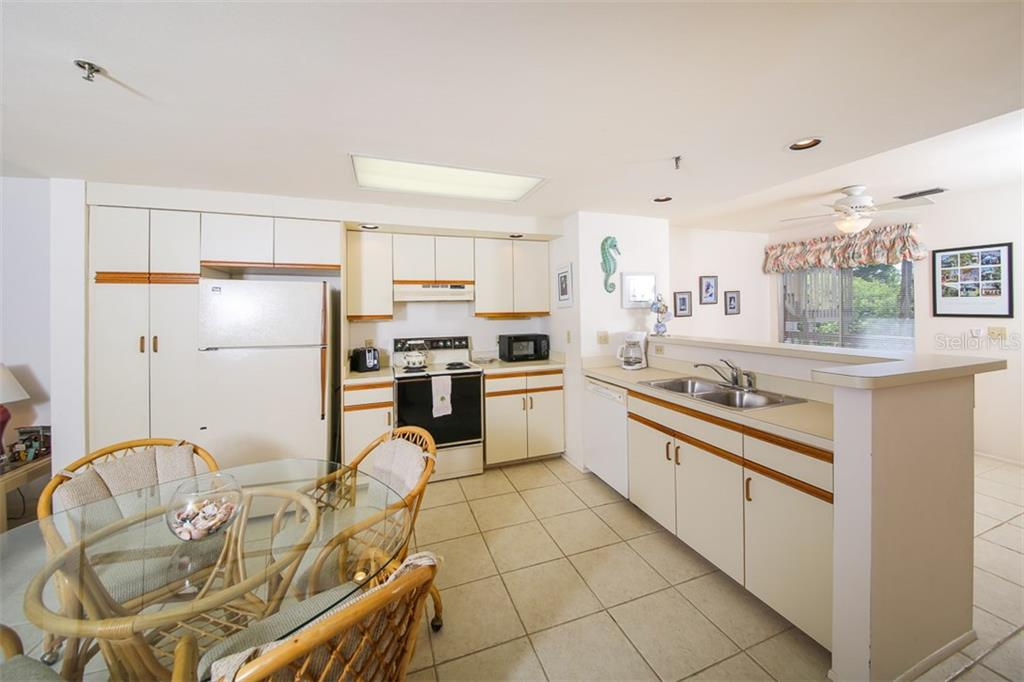 Kitchen - Condo for sale at 9200 Little Gasparilla Is #203, Placida, FL 33946 - MLS Number is D5920072