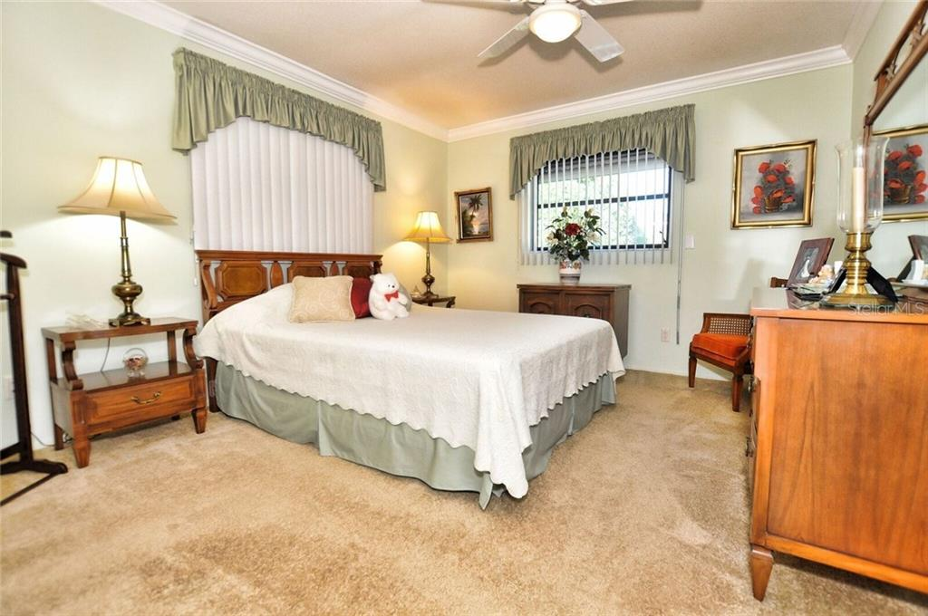 Guest bedroom - Single Family Home for sale at 9 Pine Ridge Way, Englewood, FL 34223 - MLS Number is D5921839