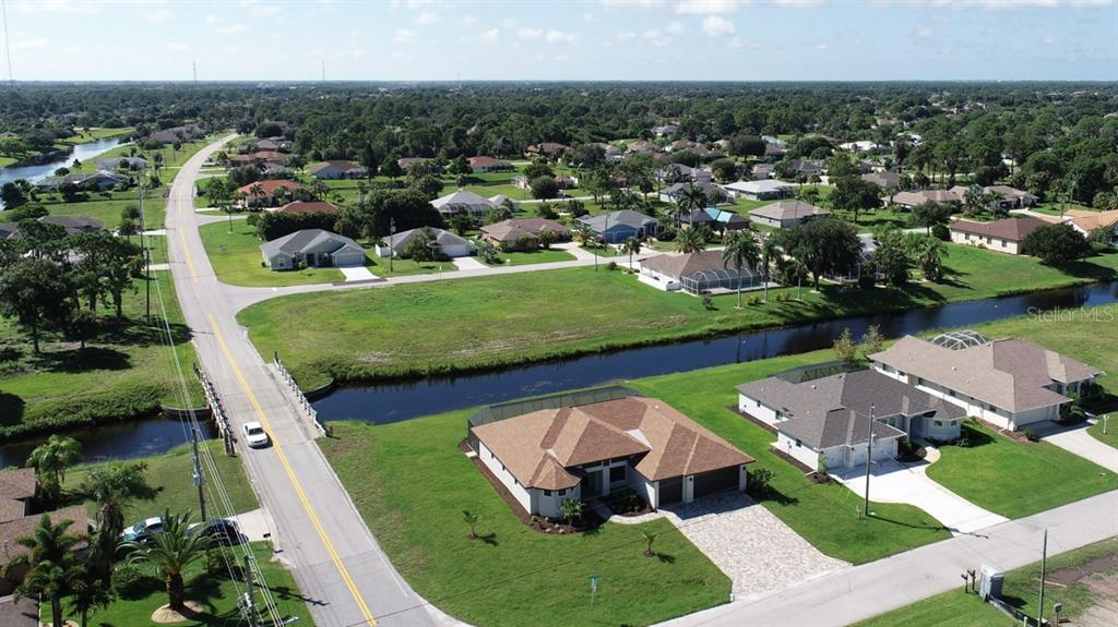 Single Family Home for sale at 261 Sportsman Rd, Rotonda West, FL 33947 - MLS Number is D5922077