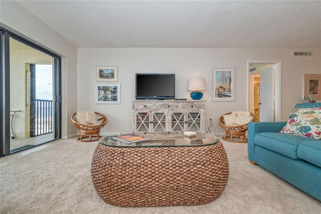 LIVING ROOM OVER LOOKING THE GULF OF MEXICO - Condo for sale at 5700 Gulf Shores Dr #a-215, Boca Grande, FL 33921 - MLS Number is D5922393