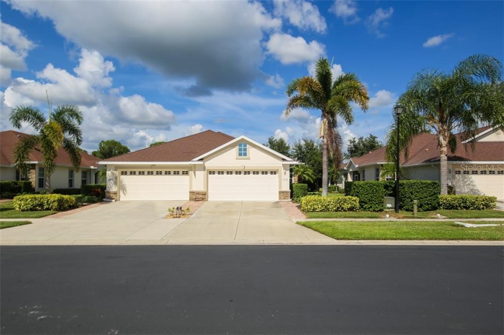 This is all yours!!! You own the property along with the villa. The HOA maintains the yard, the landscaping, the exterior painting and replaces the roof at the end of its life. - Villa for sale at 29704 Niagara Ct, Englewood, FL 34223 - MLS Number is D6102386