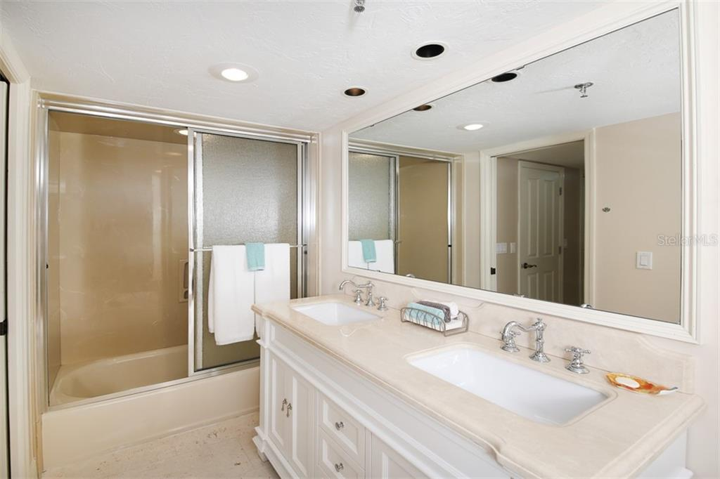 Bath #2-updated with new vanity - Condo for sale at 11000 Placida Rd #2103, Placida, FL 33946 - MLS Number is D6102674
