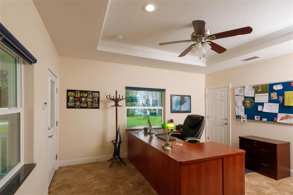 Guest House office - Single Family Home for sale at 140 S Oxford Dr, Englewood, FL 34223 - MLS Number is D6108024