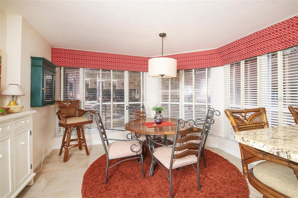 Breakfast nook - Condo for sale at 11000 Placida Rd #2301, Placida, FL 33946 - MLS Number is D6108434