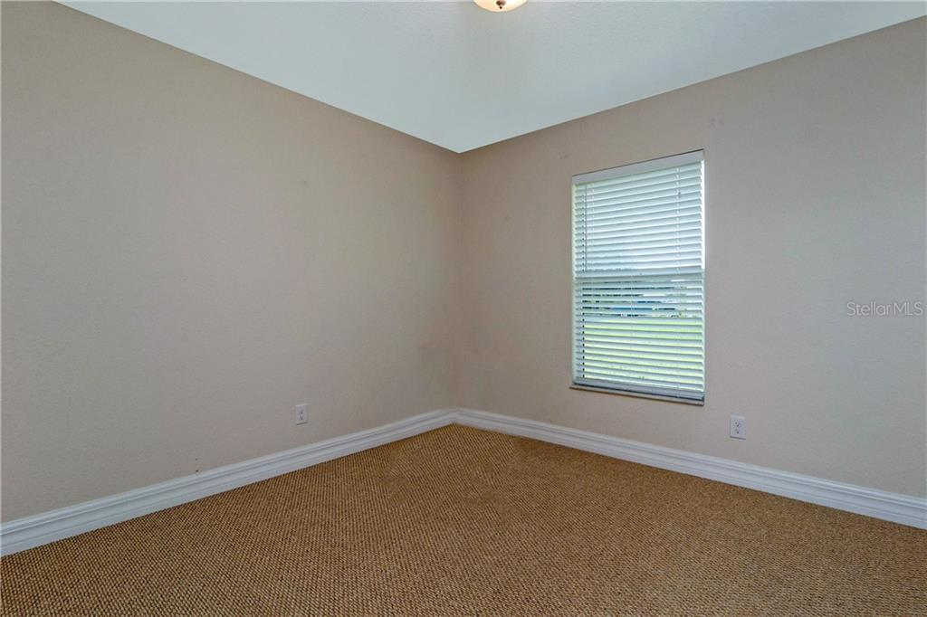 THIS IS TEH SECOND BEDROOM. IT IS APPROXIMATELY 10X10. - Single Family Home for sale at 112 Boxwood Ln, Rotonda West, FL 33947 - MLS Number is D6114179
