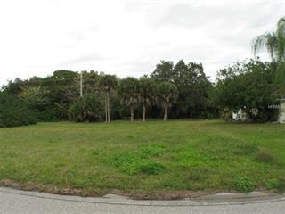 285 Annapolis Ln, Rotonda West, FL 33947
