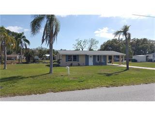 829 E 5th St, Englewood, FL 34223