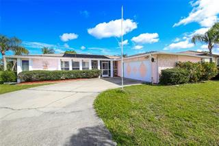 68 Oakland Hills Ct, Rotonda West, FL 33947