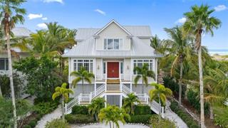 7390 Palm Island Dr, Placida, FL 33946