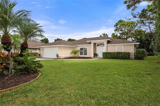 32 Sportsman Ct, Rotonda West, FL 33947
