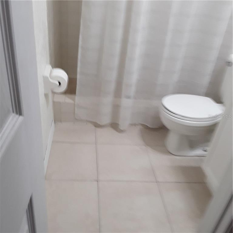 MASTER BATH - Single Family Home for sale at 5171 Albion Rd, Venice, FL 34293 - MLS Number is V4914784