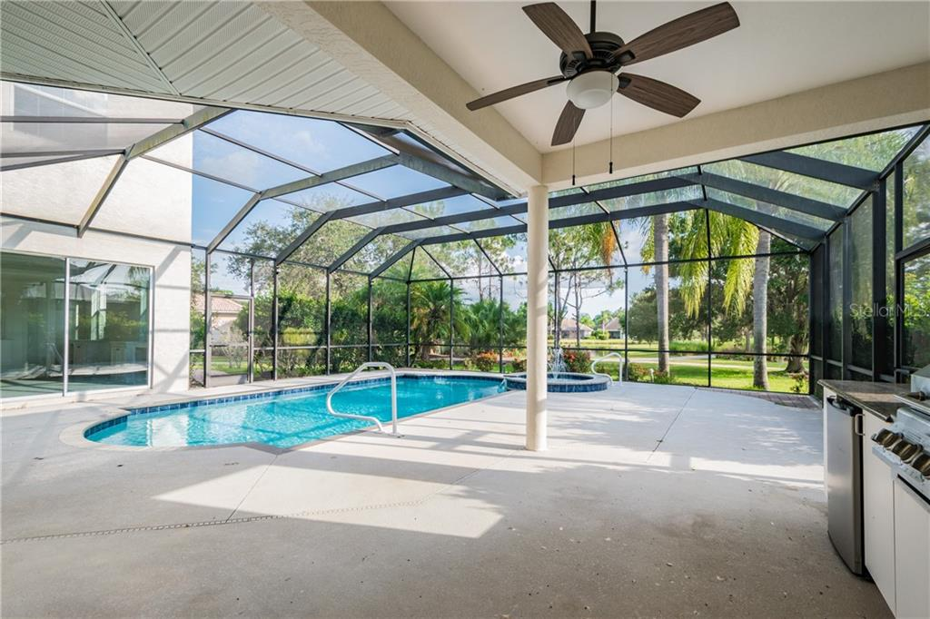 Single Family Home for sale at 6540 The Masters Ave, Lakewood Ranch, FL 34202 - MLS Number is O5856088