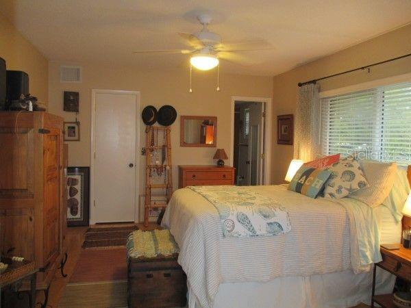Condo for sale at 215 Rubens Dr #e, Nokomis, FL 34275 - MLS Number is U8021039