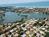 Single Family Home for sale at 1628 Baywinds Ln, Sarasota, FL 34231 - MLS Number is U8000258
