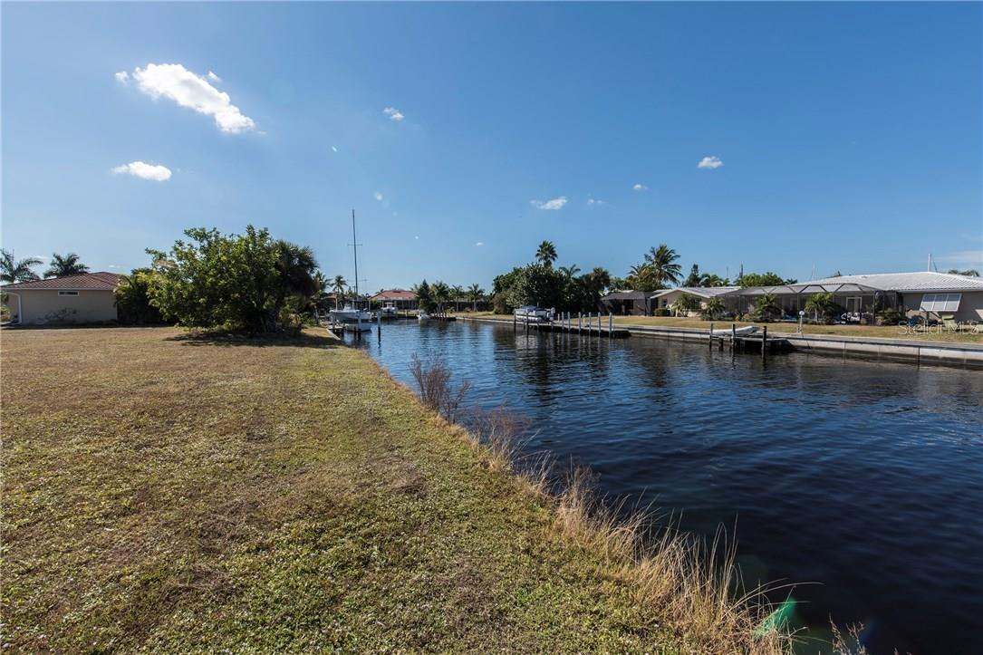 80 feet of Cement seawall - Vacant Land for sale at 2272 Palm Tree Dr, Punta Gorda, FL 33950 - MLS Number is C7232726