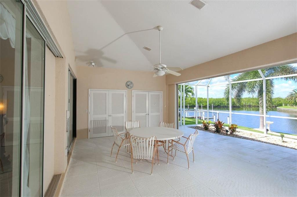 Single Family Home for sale at 622 Brindisi Ct, Punta Gorda, FL 33950 - MLS Number is C7406121