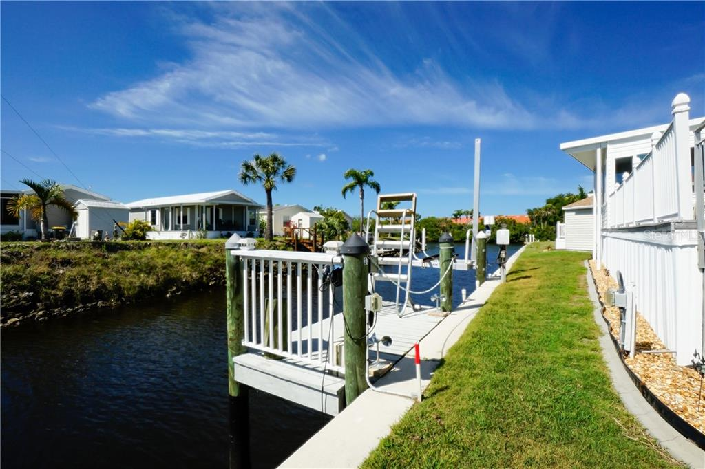 Dock and Boat Lift - Manufactured Home for sale at 10101 Burnt Store Rd #23, Punta Gorda, FL 33950 - MLS Number is C7413977