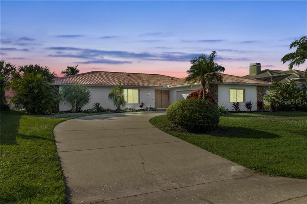 Soothing sunsets every day - Single Family Home for sale at 415 Caicos Dr, Punta Gorda, FL 33950 - MLS Number is C7422767