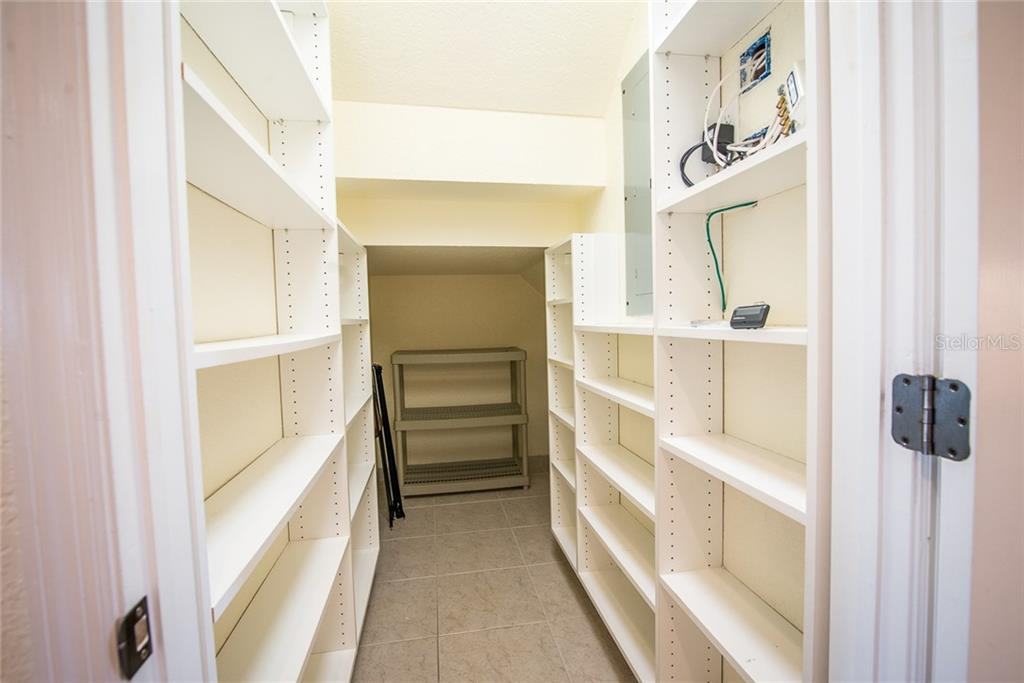 Who doesn't want a butler's pantry? Imagine how much you can store in here! Conveniently located adjacent to the kitchen. - Condo for sale at 4410 Warren Ave #511, Port Charlotte, FL 33953 - MLS Number is C7432222
