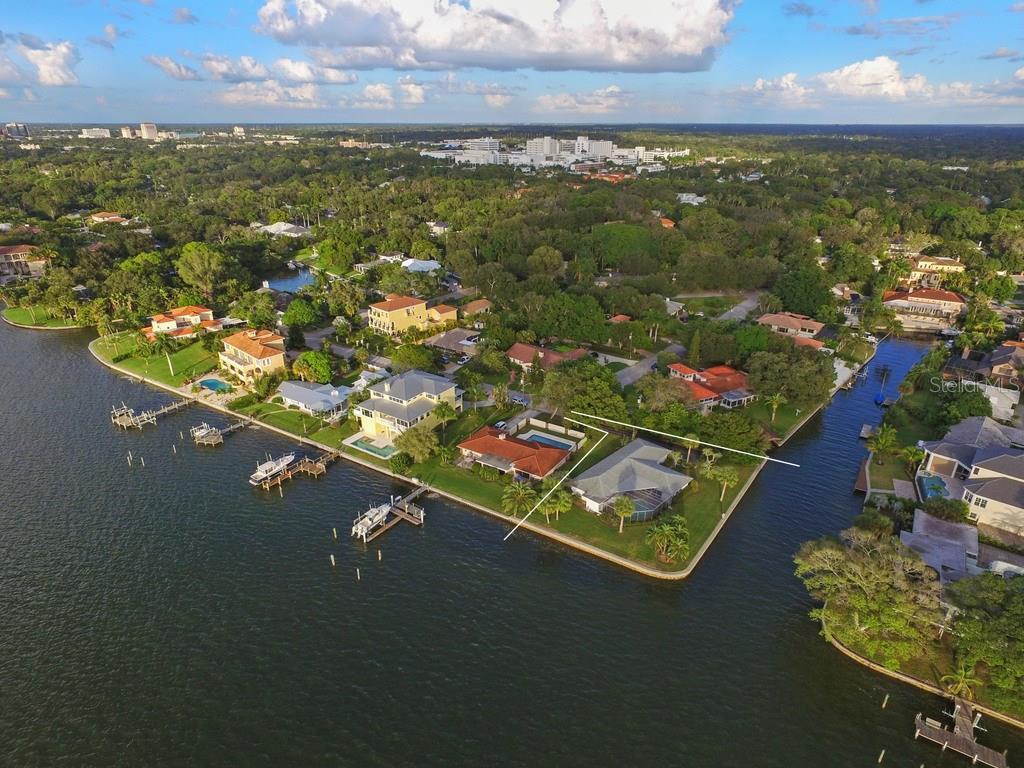 1502 Sandpiper Ln, Sarasota, FL 34239 - photo 5 of 15