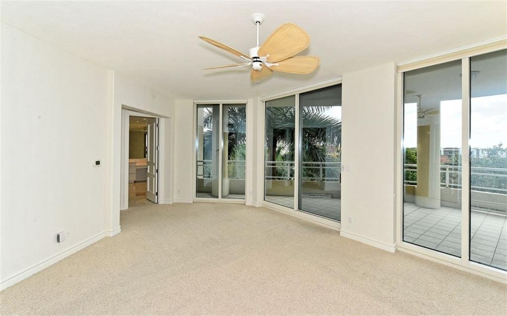 Master bedroom - Condo for sale at 500 S Palm Ave #41, Sarasota, FL 34236 - MLS Number is A4144835