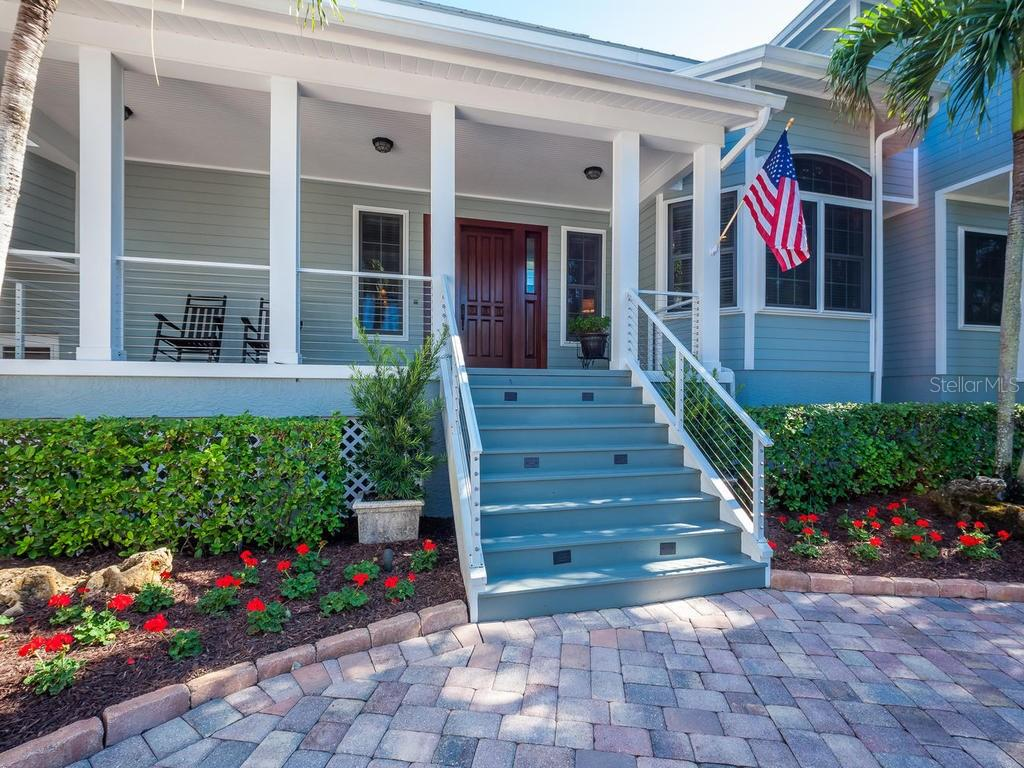 Single Family Home for sale at 3535 Flamingo Ave, Sarasota, FL 34242 - MLS Number is A4162146