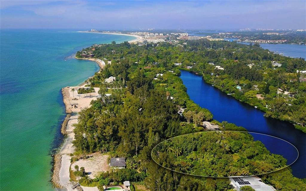 Looking North on Siesta Key - Vacant Land for sale at 7809 Sanderling Rd, Sarasota, FL 34242 - MLS Number is A4170044
