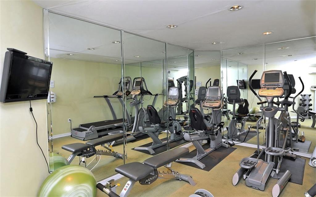 Complex fitness center - Condo for sale at 1701 Gulf Of Mexico Dr #505, Longboat Key, FL 34228 - MLS Number is A4170632