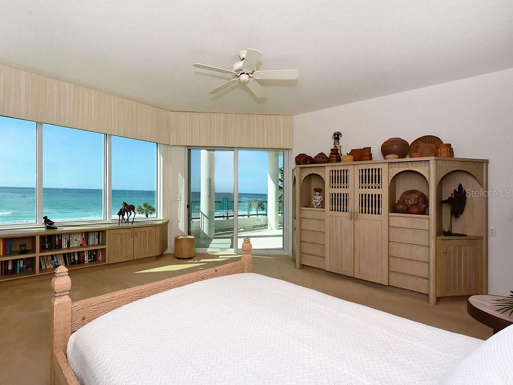 Master Bedroom - Single Family Home for sale at 655 Longboat Club Rd #13a, Longboat Key, FL 34228 - MLS Number is A4171637