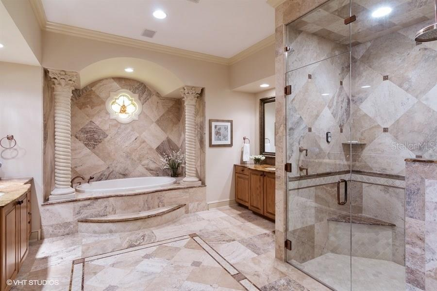 Stunning Master Bath - Single Family Home for sale at 8130 Perry Maxwell Cir, Sarasota, FL 34240 - MLS Number is A4175735