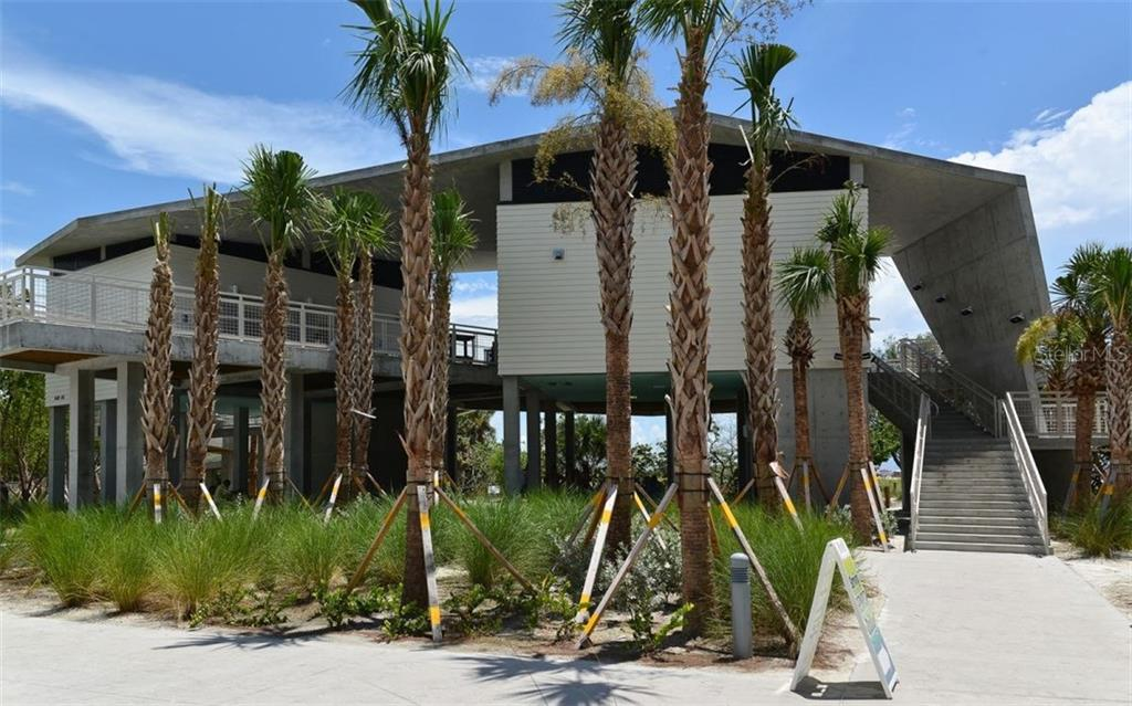 Siesta Key Beach - Condo for sale at 133 Avenida Messina #4, Sarasota, FL 34242 - MLS Number is A4179566