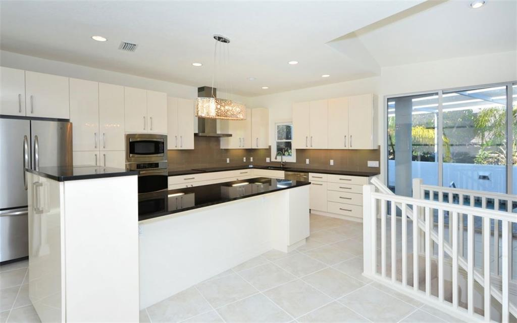 Single Family Home for sale at 3610 Bayou Cir, Longboat Key, FL 34228 - MLS Number is A4184365