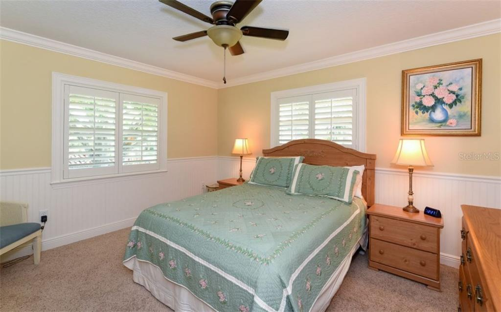 Upstairs bedroom #2 - Single Family Home for sale at 1627 Shelburne Ln, Sarasota, FL 34231 - MLS Number is A4184556