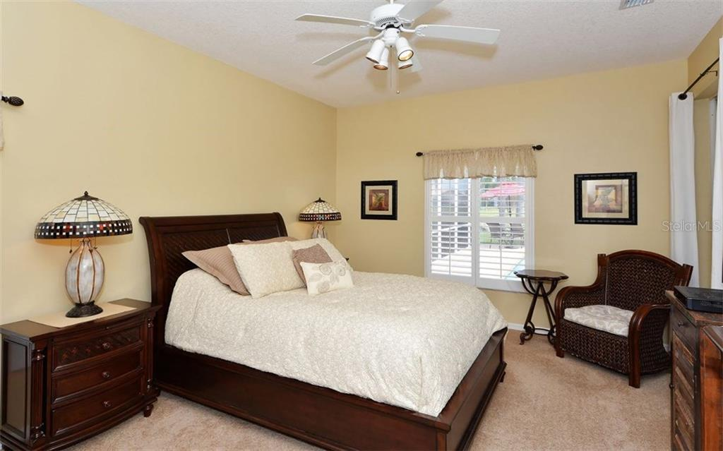 Master Bedroom - Single Family Home for sale at 4121 Via Mirada, Sarasota, FL 34238 - MLS Number is A4186485
