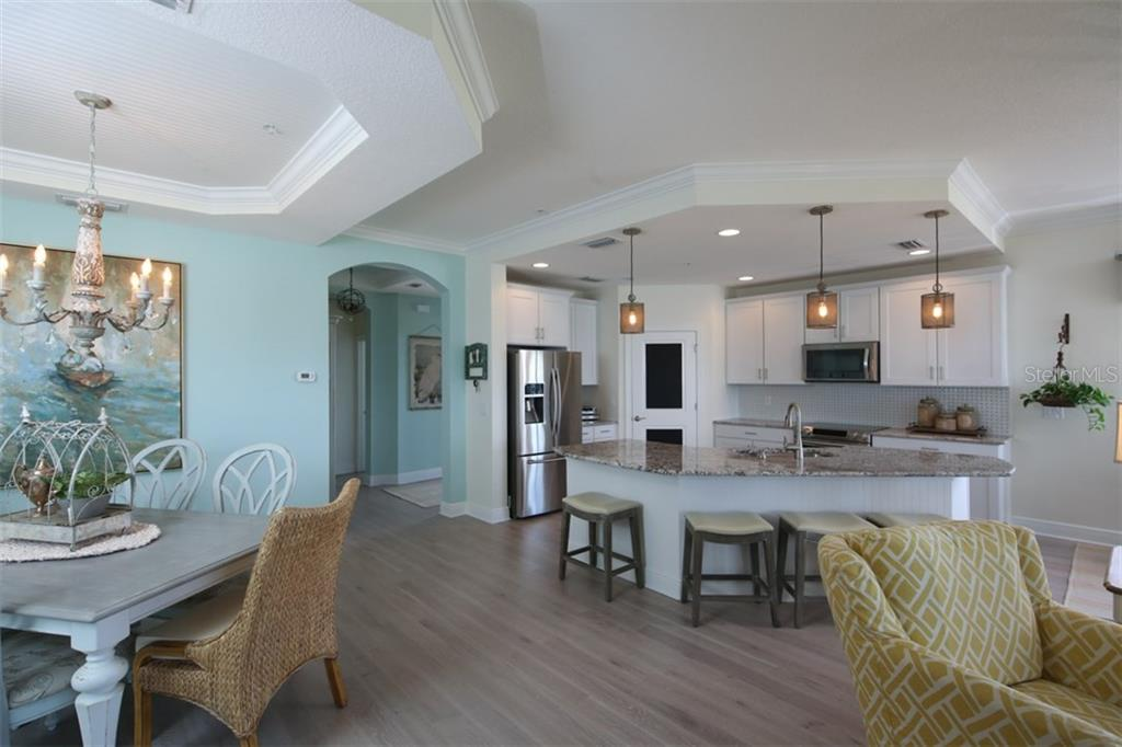 Open floor plan with lots of natural light. - Condo for sale at 1255 Riverscape St #n/A, Bradenton, FL 34208 - MLS Number is A4186832