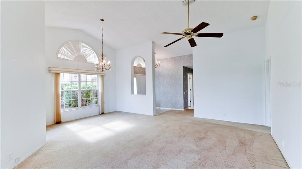Living room/dining room. - Single Family Home for sale at 4517 Galloway Blvd, Bradenton, FL 34210 - MLS Number is A4187598