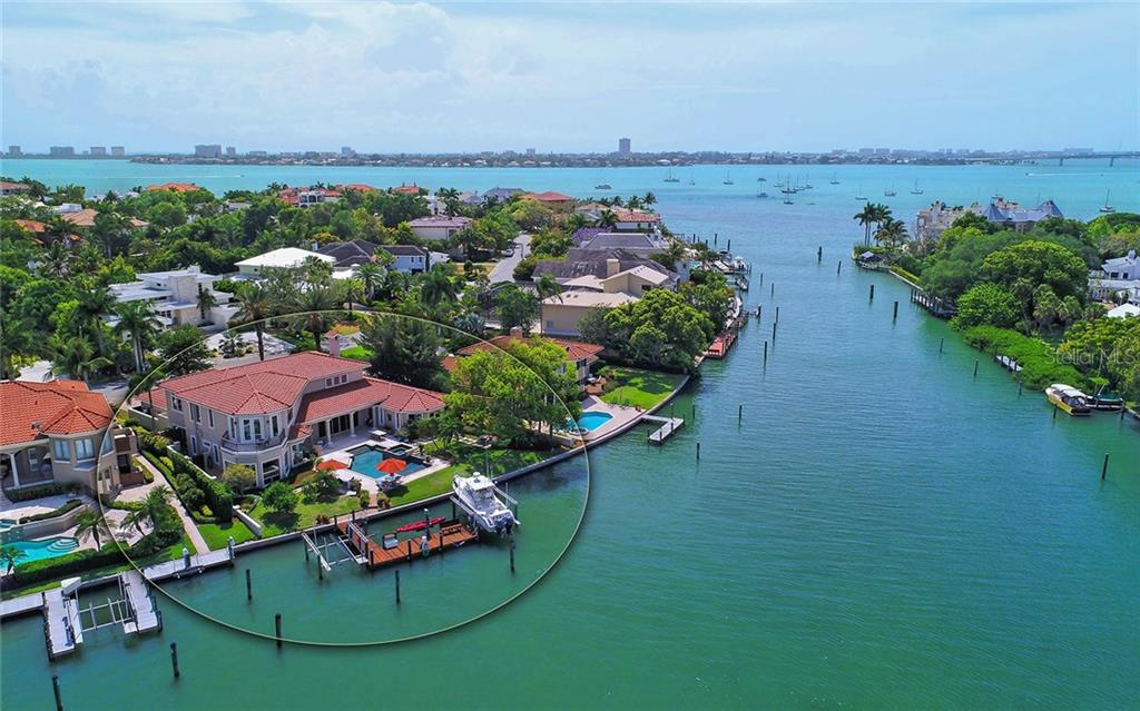 Single Family Home for sale at 1344 Harbor Dr, Sarasota, FL 34239 - MLS Number is A4187925