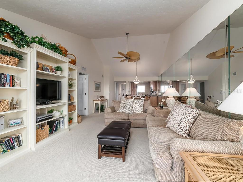 Living/Dining room - Condo for sale at 6236 Midnight Pass Rd #406, Sarasota, FL 34242 - MLS Number is A4188093