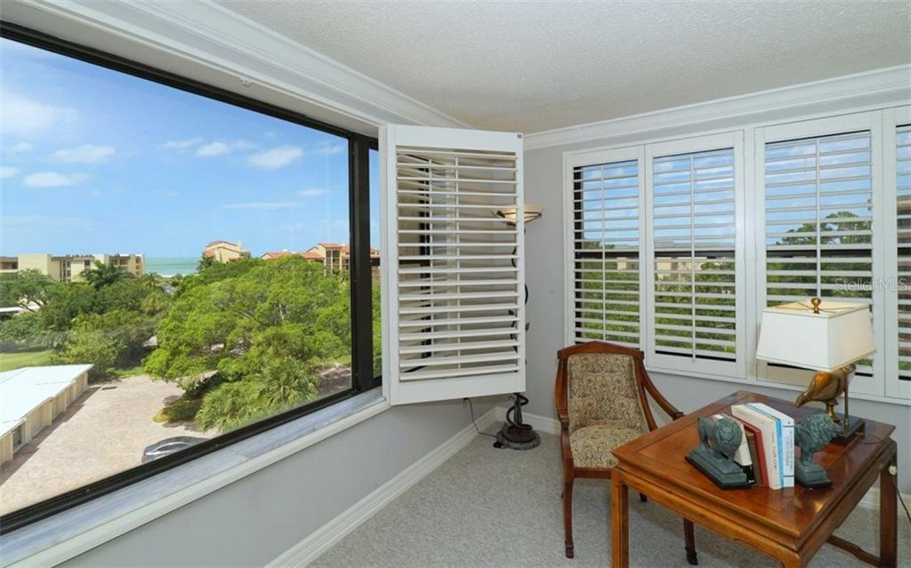 Condo for sale at 8735 Midnight Pass Rd #501b, Sarasota, FL 34242 - MLS Number is A4189363