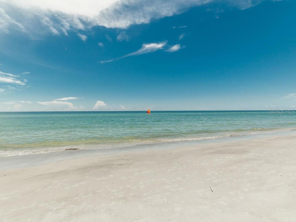 Pool, beach & Gulf view - Condo for sale at 1750 Benjamin Franklin Dr #5g, Sarasota, FL 34236 - MLS Number is A4192160