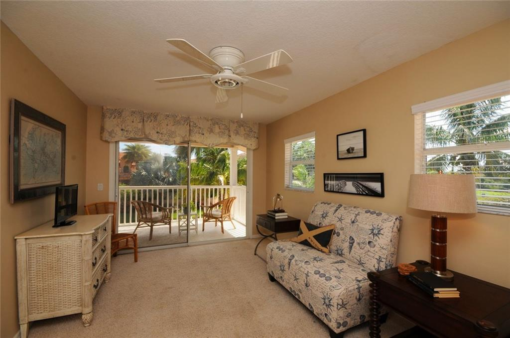 Single Family Home for sale at 424 Sorrento Dr, Osprey, FL 34229 - MLS Number is A4192630