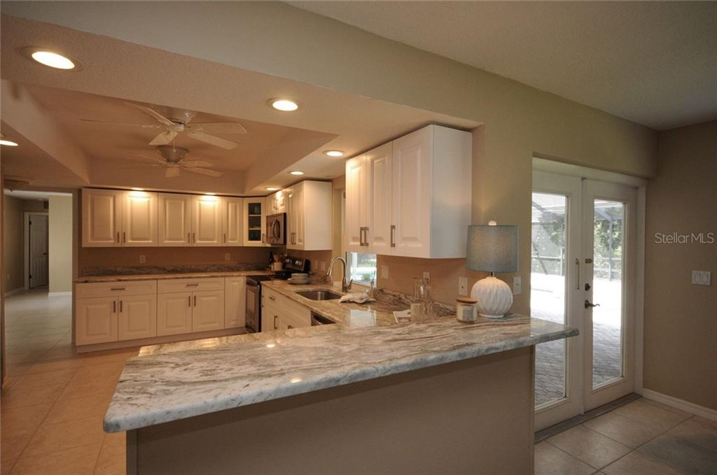 Kitchen - Single Family Home for sale at 424 Sorrento Dr, Osprey, FL 34229 - MLS Number is A4192630