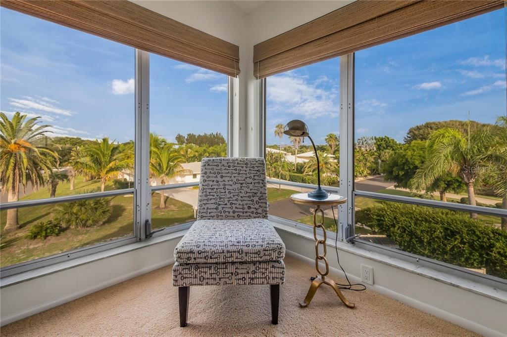 Townhouse for sale at 800 Golden Beach Blvd #h, Venice, FL 34285 - MLS Number is A4192715