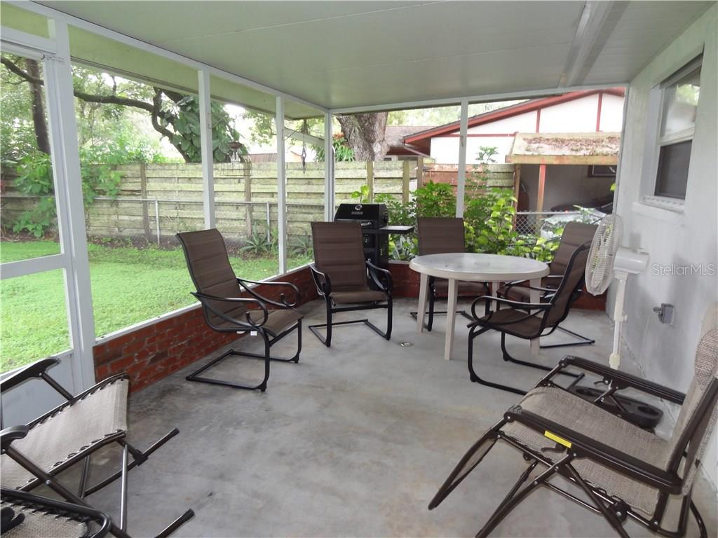 Single Family Home for sale at 4092 Linwood St, Sarasota, FL 34232 - MLS Number is A4195353