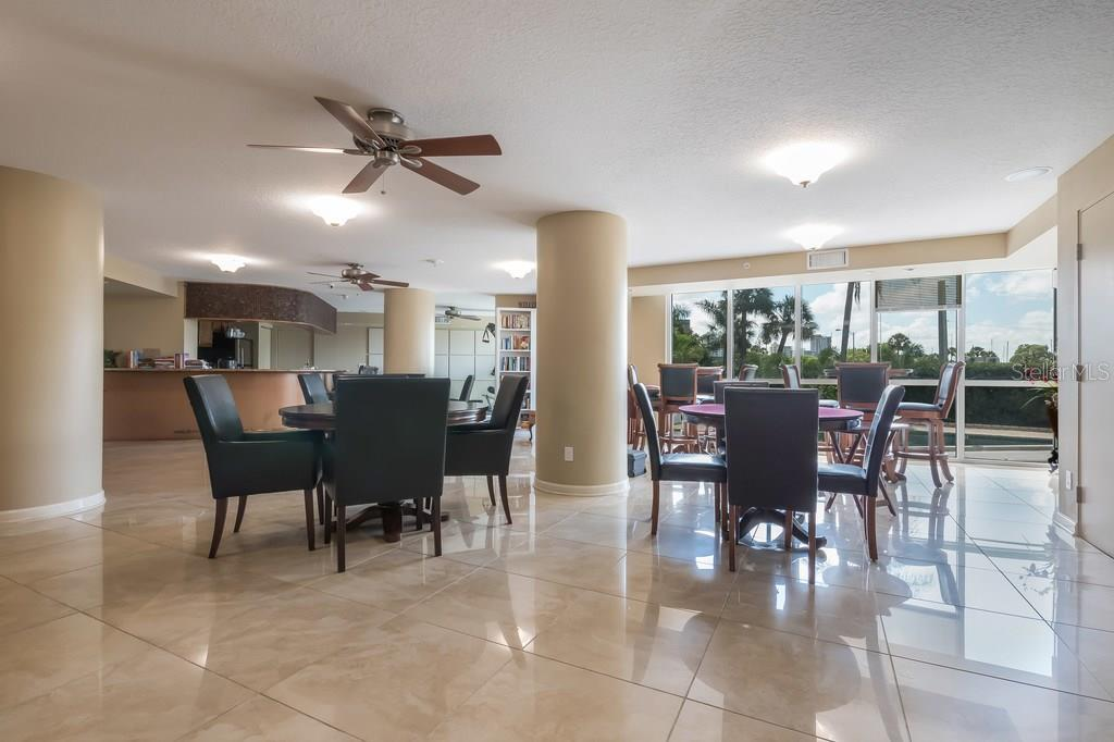 Condo for sale at 1111 N Gulfstream Ave #3f, Sarasota, FL 34236 - MLS Number is A4195870